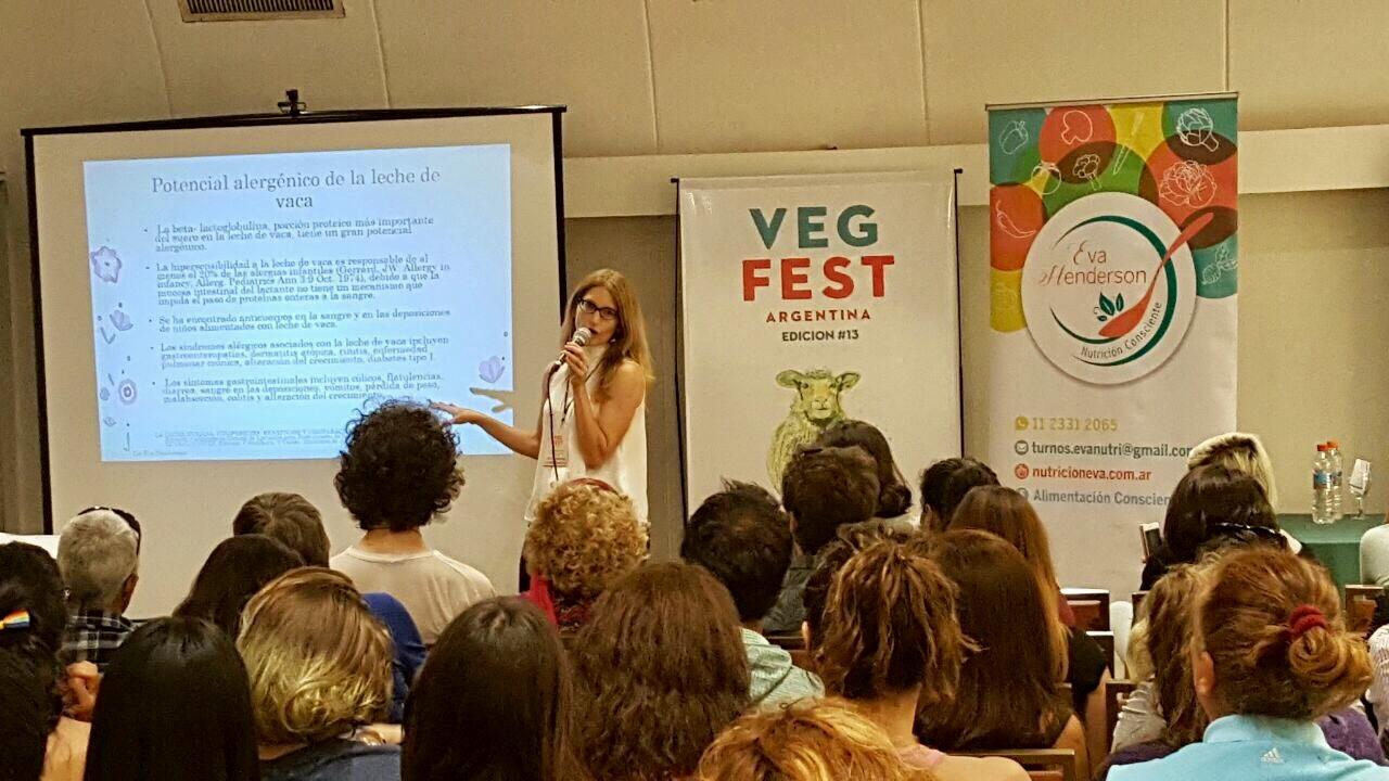 Conferencia sobre leche en Veg Fest Argentina. Año 2017
